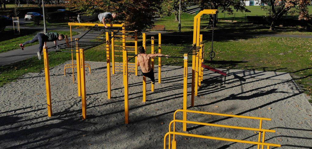 street-workout-park,eeedh,bbea,fef